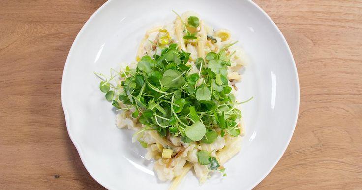 Op grootmoeders wijze met An Lemmens: vegetarische macaroni met bloemkool en prei