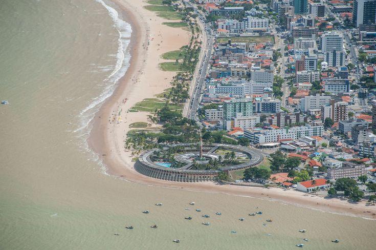 vista aérea do hotel redondo tropical tambau, em joao pessoa