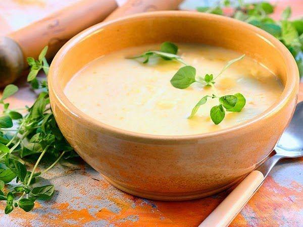 Creamy Apple-Potato Soup