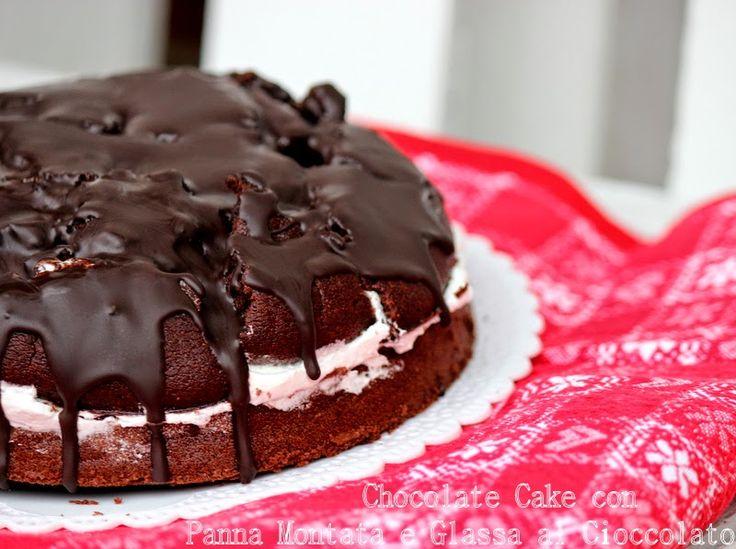 Un giorno senza fretta: Chocolate cake con panna montata e glassa al cioccolato http://giornisenzafretta.blogspot.it/2015/01/chocolate-cake-con-panna-montata-e.html