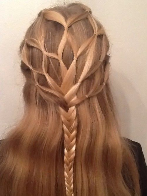 Elven hairstyle? - being modeled by a descendent of the house of Finarfin, I think. XD