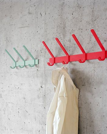 FK08 UNI  Coat Rack  Designer: Ferdinand Kramer, 1954: Wood, Garage, Coatrack, Room