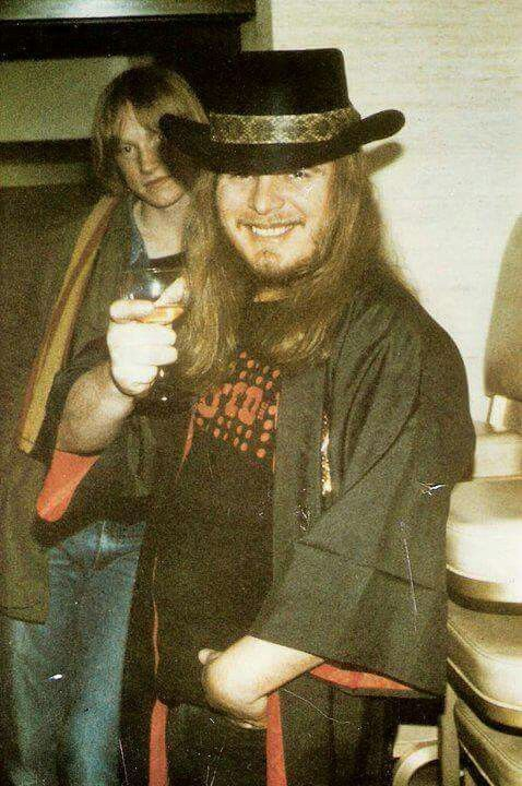 ♥ Ronnie Van Zant, birthday was on January 15th. Happy Birthday! Greatest ever!! ♥