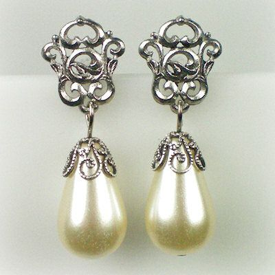 Catherine of Aragon Silver Pearl Earrings