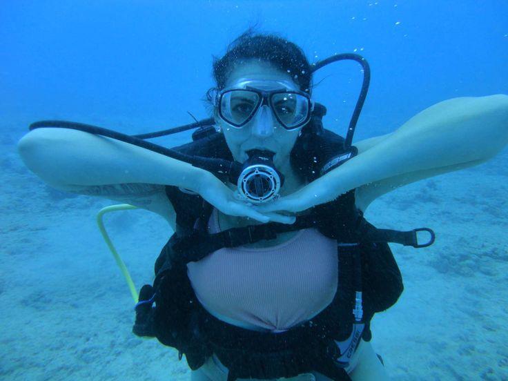 Hannah claydon topless scuba diving — photo 9