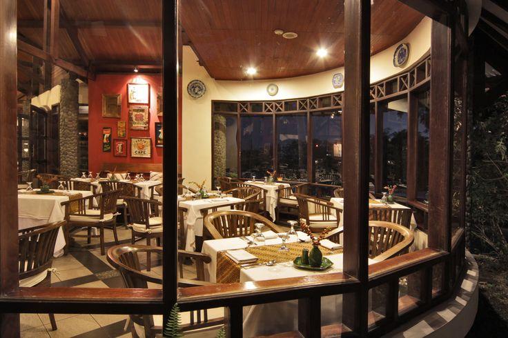 Puncak Cafe Novus Puncak http://www.novushotels.com