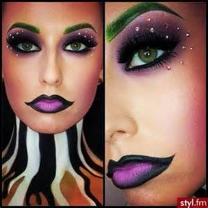 beetlejuice ladies costume - makeup