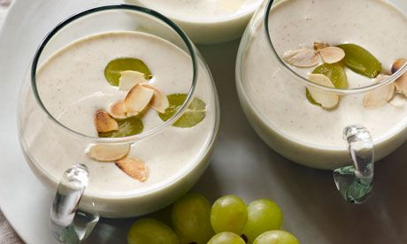'Gazpacho blanco' Λευκό γκασπάτσο με αμύγδαλα σταφύλια και πράσινο μήλο - FeelCook | FeelCook