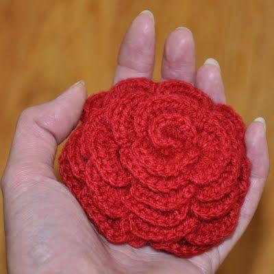 Grietjekarwietje: Haakpatroon grote roos / Crochet pattern Large Rose