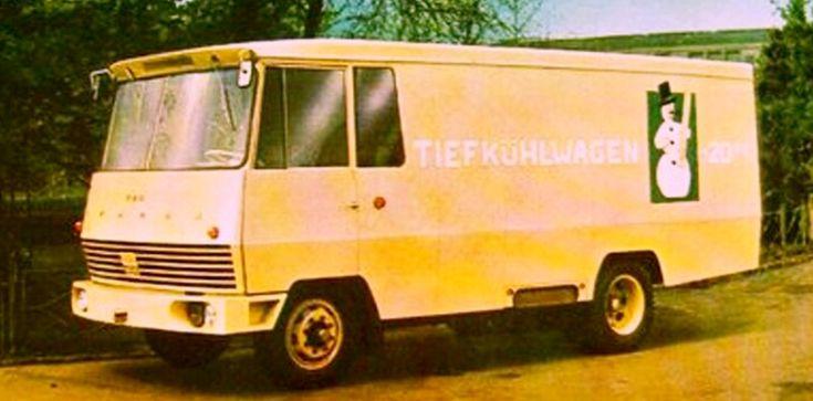 Ikarus 404 01 lkw (Im Jahr 1965 machte Ikarus Prototyp Kühltransporter IKARUS 404 nach Czepel Fahrgestell mit eigene aus Wagen Motor getribene 220V Generator. In der Ruhe gehen betrieb Kuhllung nur nach Strom 220 V aus Festnetz. ( Transport muss stehen nur da wo ist 220V Netz oder Wagen Motor muss lauft.) Nur fur Kurzstrecke Betrieb.)