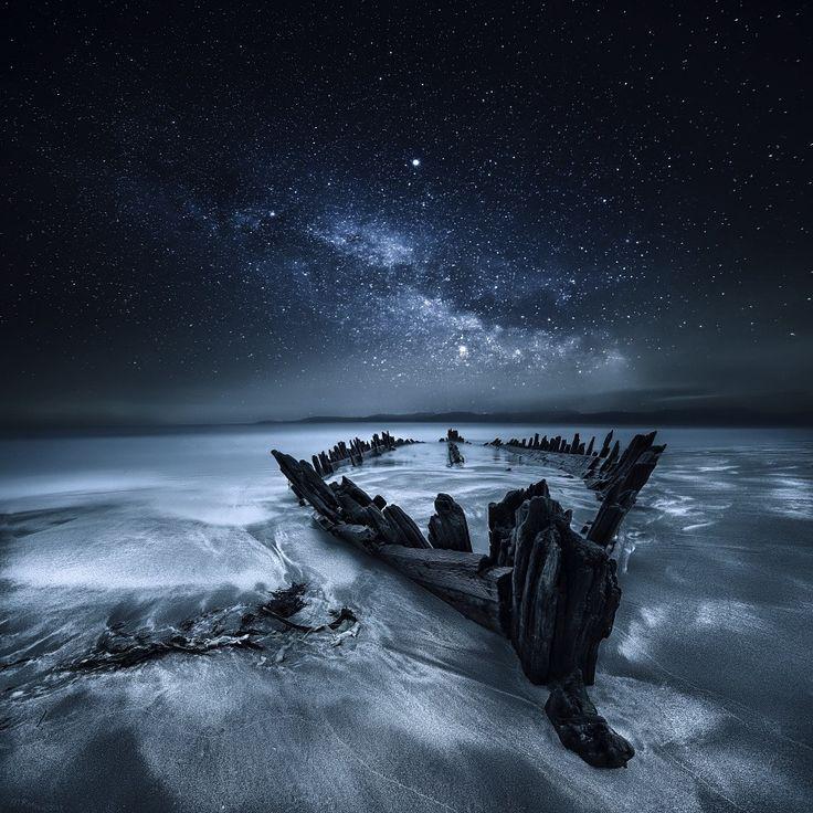 Old Boat par Marius Kastečkas - Rossbeigh Strand, Kerry, Ireland