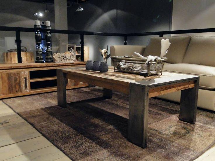 17 beste idee n over industri le salontafels op pinterest industrieel meubilair houten - Designer koffietafel verkoop ...