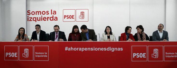 Sánchez inicia su ofensiva para arrebatar la agenda social a Podemos