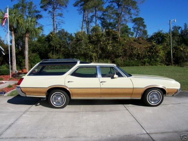 vista cruiser station wagon | 1972 Oldsmobile Vista Cruiser - Station Wagon Photo Gallery