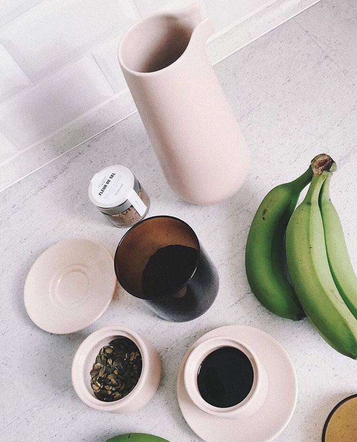 Beautiful pink stoneware from Matias Moellenbach in the home of the talented blogger @stonemuse Get it all at eniito.com