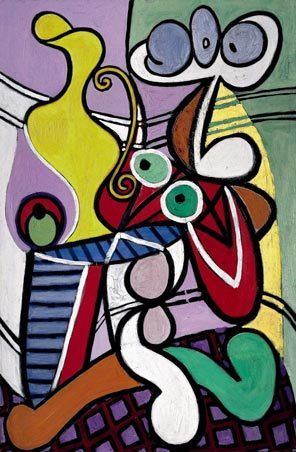 """Picasso painted """"Large Still Life on a Pedestal Table,"""" an oil full of sensuous curves, in 1931."""