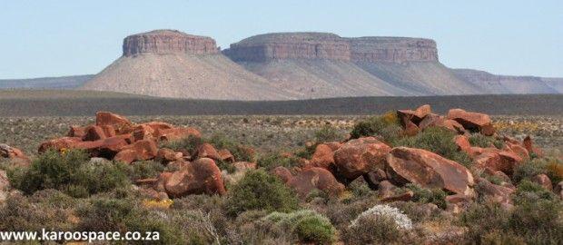 Flat-topped hills, Karoo