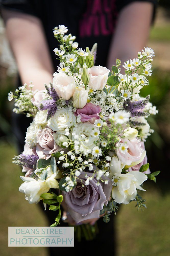 Brides's country garden style bouquet