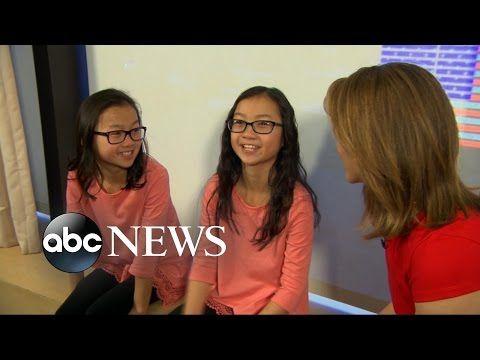 VIDEO: Identieke tweeling na tien jaar herenigd - Libelle