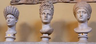 Busts of Roman women with hairstyles from the Flavian,Trajanic and Hadranic Period Reinette: Ancient Roman Hairstyles and Headdresses from the Flavian Dynasty to the Age of Trajan 69-117