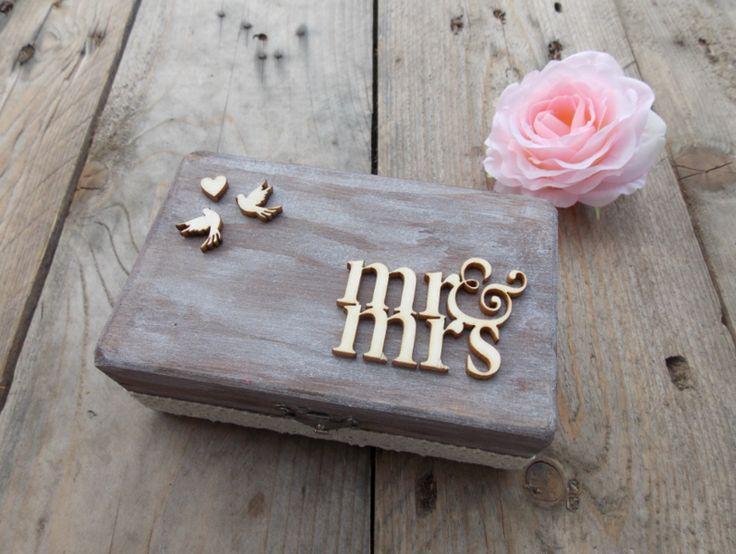 Ringkissen - Ringkästchen mr. mrs.-Hochzeit/Ringbox/Braut - ein Designerstück von SignCity bei DaWanda