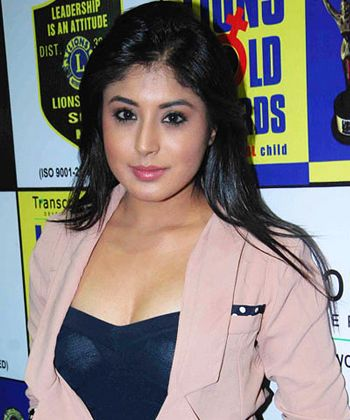 Kritika Kamra shares her thought on Women's Day!