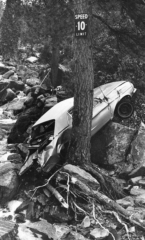 Aftermath of 1976 Big Thompson Flood / Denver Post Archive