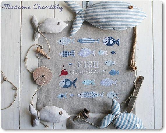 Teneri pesciolini estivi vagano tranquilli in questo mare di pace.    More cross stitch Charts here: