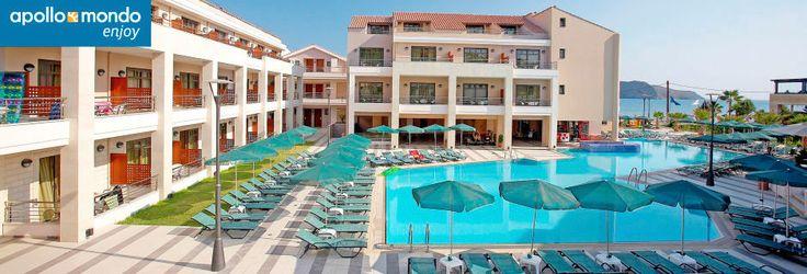 Poolområdet på hotel Plaza di Porto på Kreta, Grækenland 20k i april
