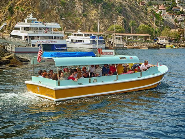 Catalina Island  -  10 Top Things to Do on Catalina Island: Taking a Harbor Cruise at Catalina Island