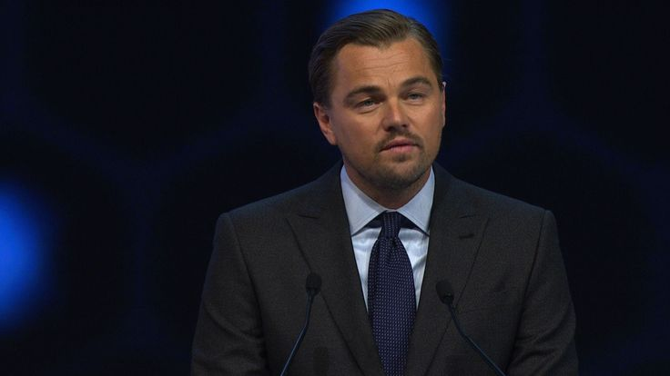 L・ディカプリオさん、ダボス会議で気候変動対策支援訴え DiCaprio urges Davos leaders to help protect...