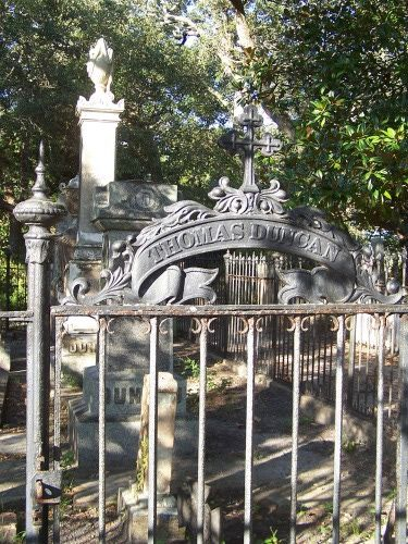 The Old Burying Ground - Beaufort, North Carolina. Grave stones from 1700 include pirates, and British Soldiers.