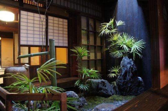 京都七条鴨川沿いの町屋 庭/inner court, KYOTO