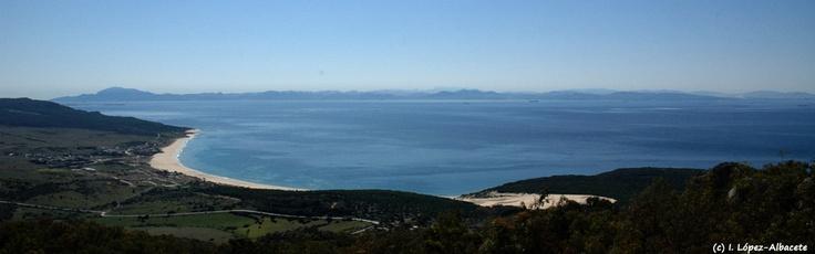 Vistas de Bolonia y la costa marroqui