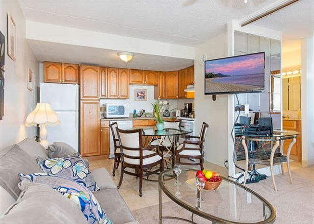 Royal Kuhio Ocean 1BD 31st Floor | Waikiki Condos | Oahu Vacation Rentals - The Living Room and Kitchen Area