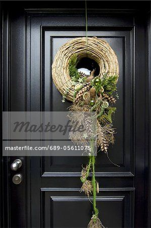 Christmas Wreath Hanging At Front Door Ideas Pinterest Wreaths And