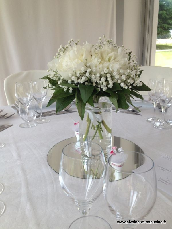 Centres de table de pivoine blanches et gypsophile - Bouquet centre de table ...