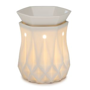 My absolute fav new warmer. it reminds me of the vintage milk glass. Alabaster Scentsy Warmer: The look of chiseled alabaster
