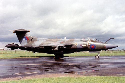 Buccaneer S2B XV869 RAF Wyton 12.05.89