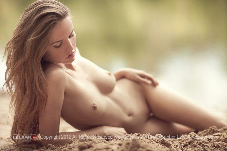 titanic nude pose images