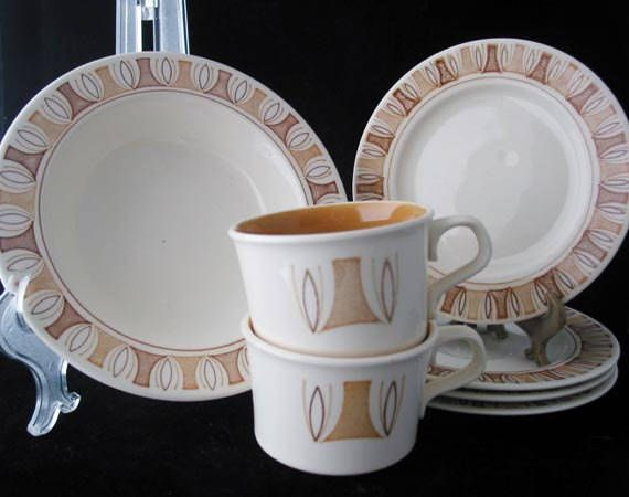 Taylor Smith and Taylor Etruscan Set of Bread Plate Saucers