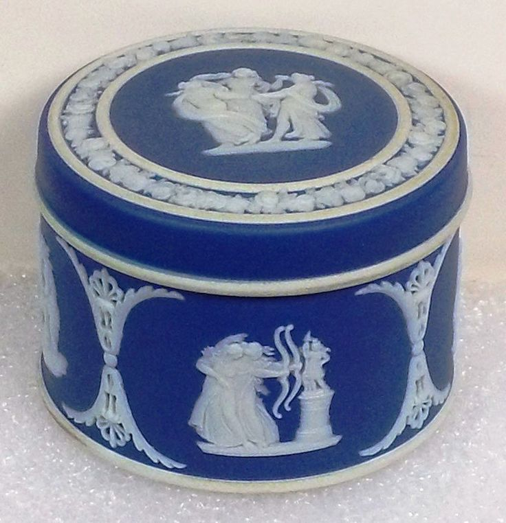 17 best images about all things wedgewood on pinterest for Wedgewood designs