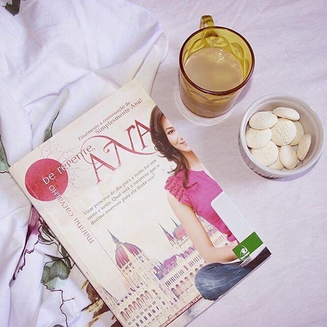"""Livro """"De repente, Ana"""""""