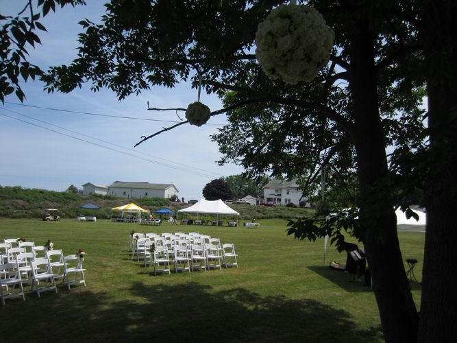 An Outdoor Wedding At Presque Isle Wine Cellars In North