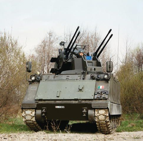 anti aircraft vehicles | M113 Sidam anti-aircraft tracked armoured vehicle Italian army Italy ...