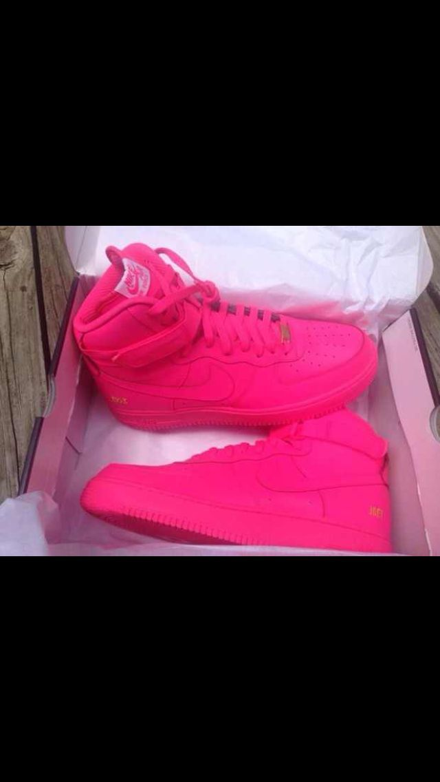 size 40 4cc93 40fc1 Hot pink Air Force ones.