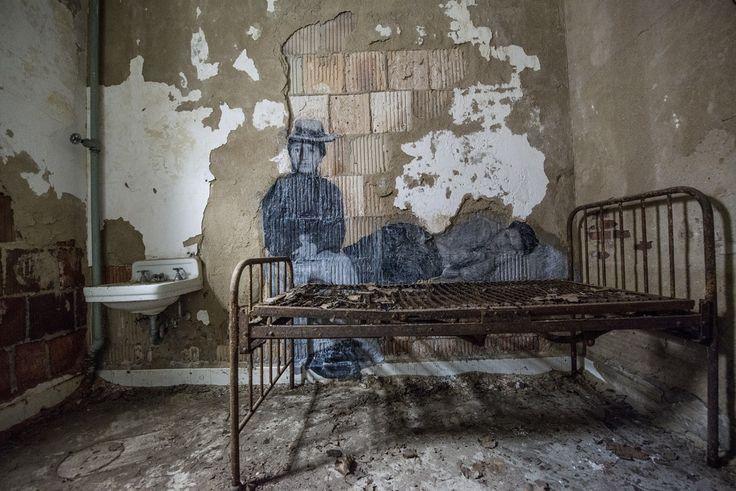 Ellis Island murals