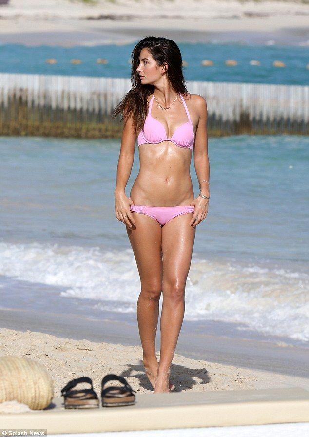 http://victoriassecre-t.blogspot.gr/ Victoria's Secret Swim Shoot! | Victoria's Secret Models