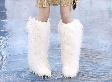 Обувь меховые сапоги