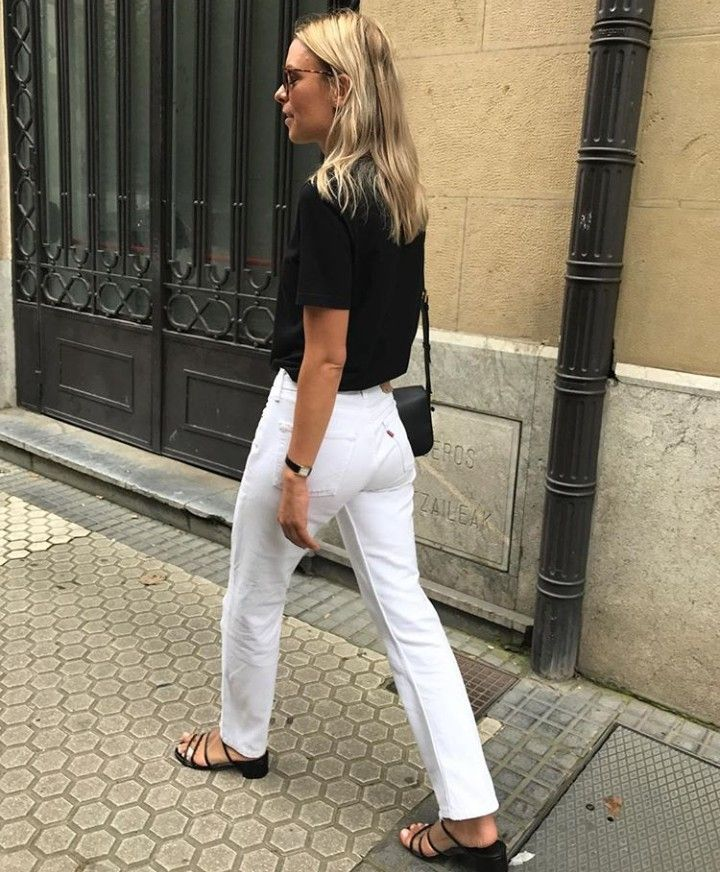 white jeans with black tee